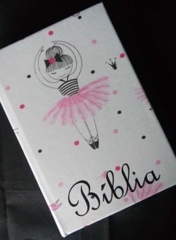 Bíblia Personalizada – Modelo Bailarina